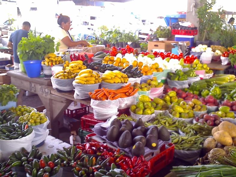Food Near Kirkwood Amtrak Station