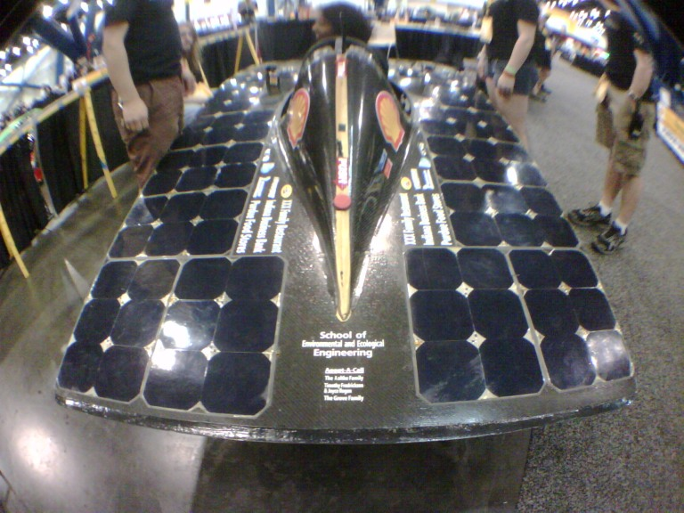 solar powered vehicle